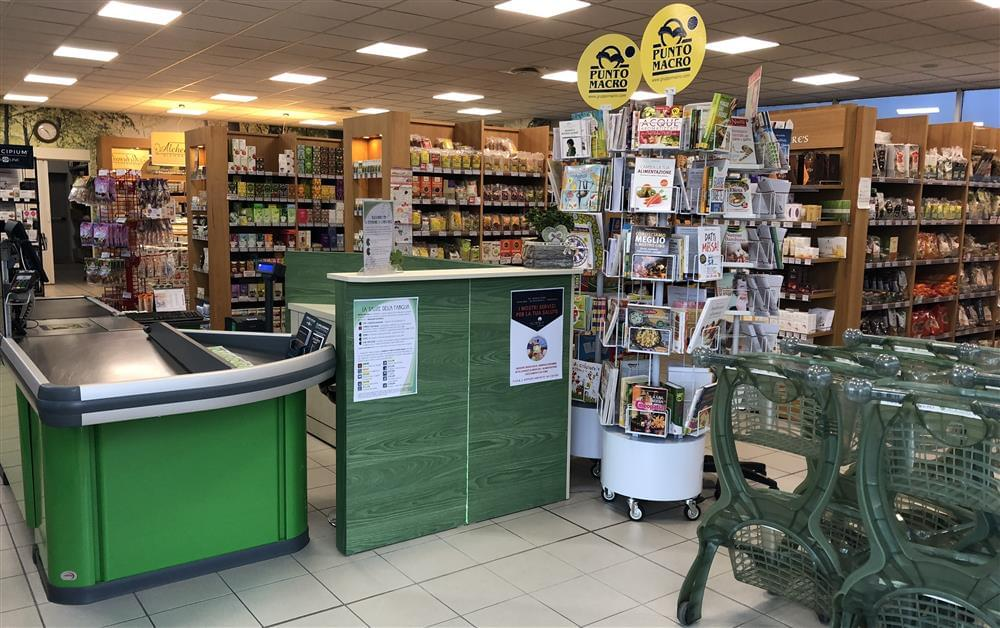 Il negozio Alchemilla Biomarket